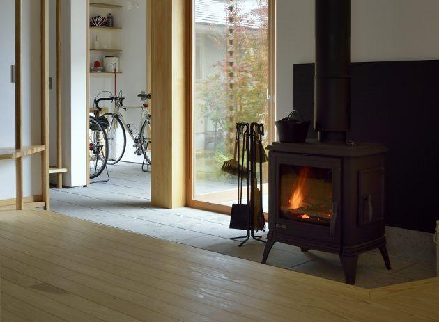 自然素材の家づくりをご提案する工務店~薪ストーブや造作家具の設置も可能~